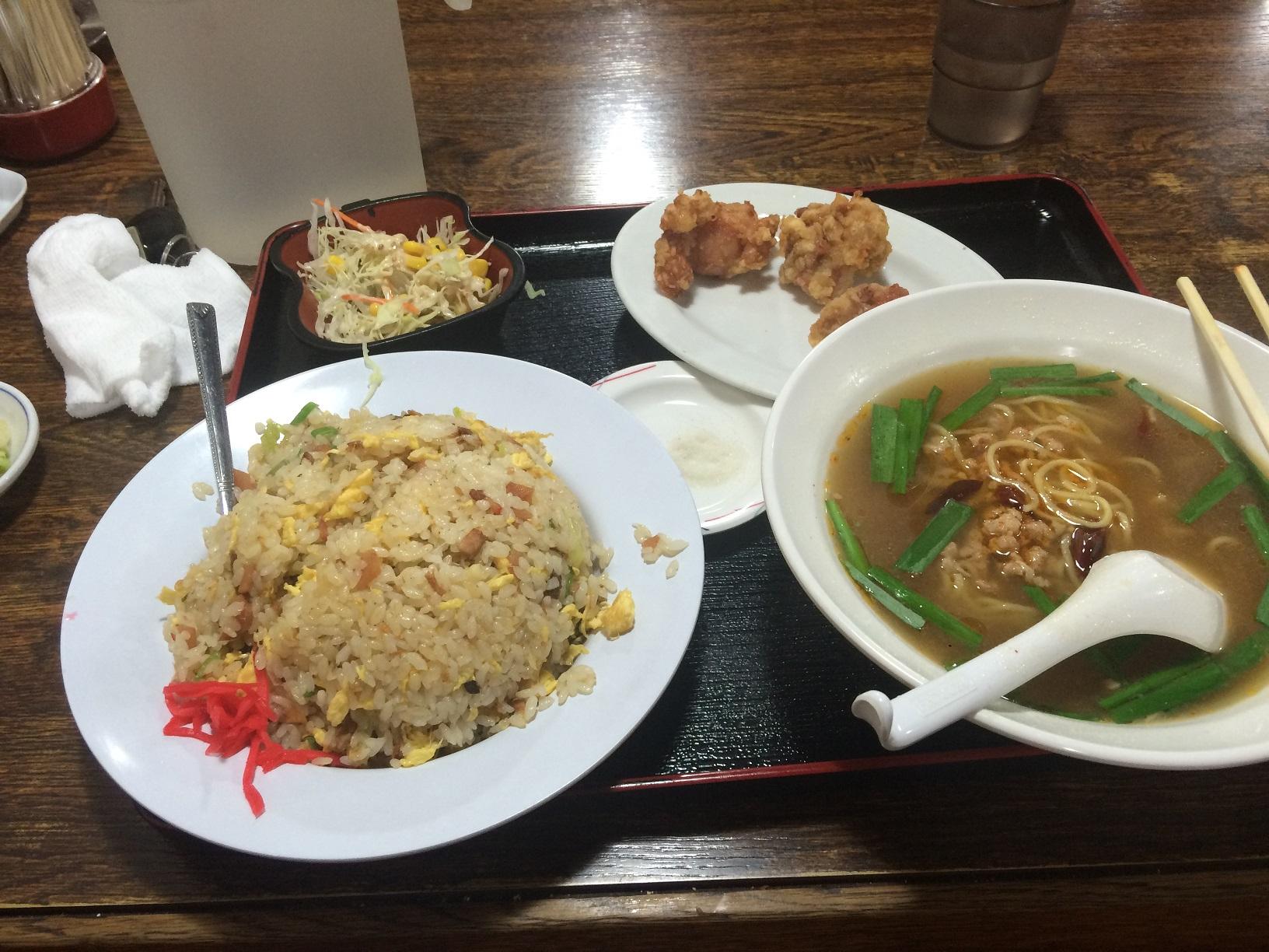 実家へ帰省中の中華料理屋